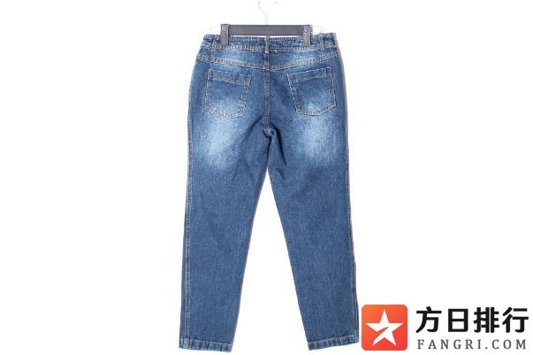 牛仔裤有油污怎么才能洗掉 牛仔裤有刺鼻的味道怎么去除